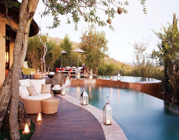 luxury lodge safari
